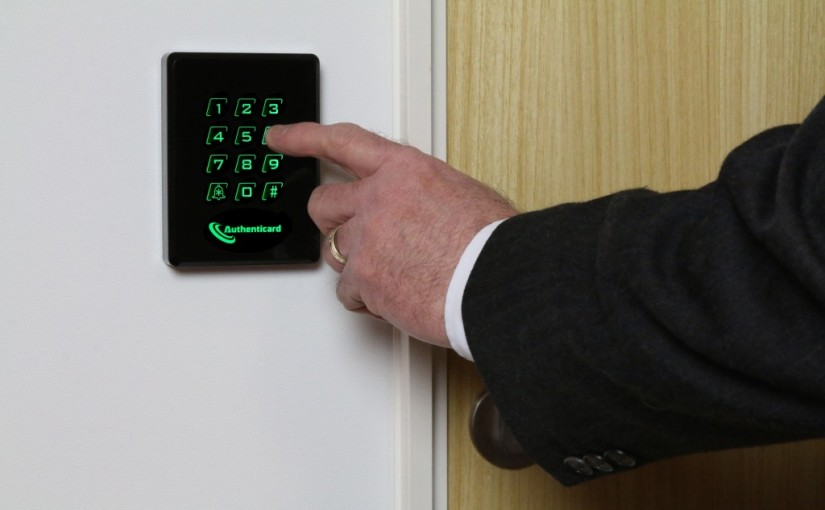 WALL READER ACCESS CONTROL